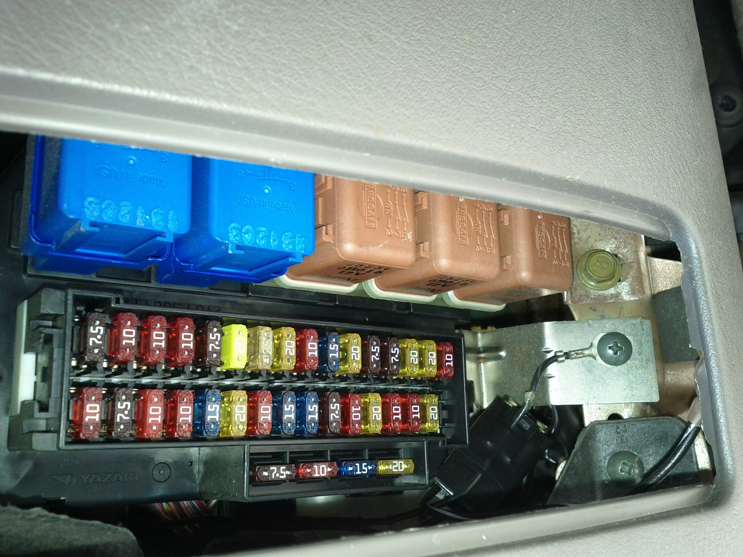 Excellent 2006 Nissan Quest Fuse Relay Box Basic Electronics Wiring Diagram Wiring Cloud Staixaidewilluminateatxorg