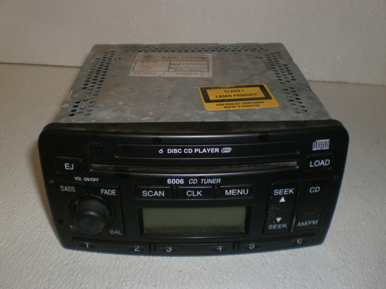 FORD 6006 E RADIO 6 DISC CD PLAYER STEREO FOCUS MONDEO ESCORT FIESTA PUMA 6006E