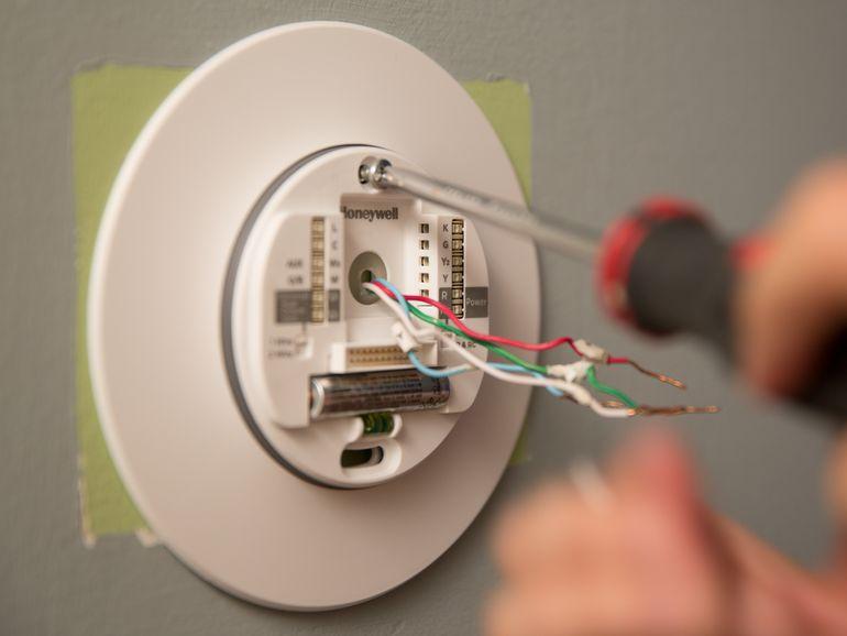 Fabulous Install The Honeywell Lyric Thermostat Like A Pro Cnet Wiring Cloud Licukosporaidewilluminateatxorg