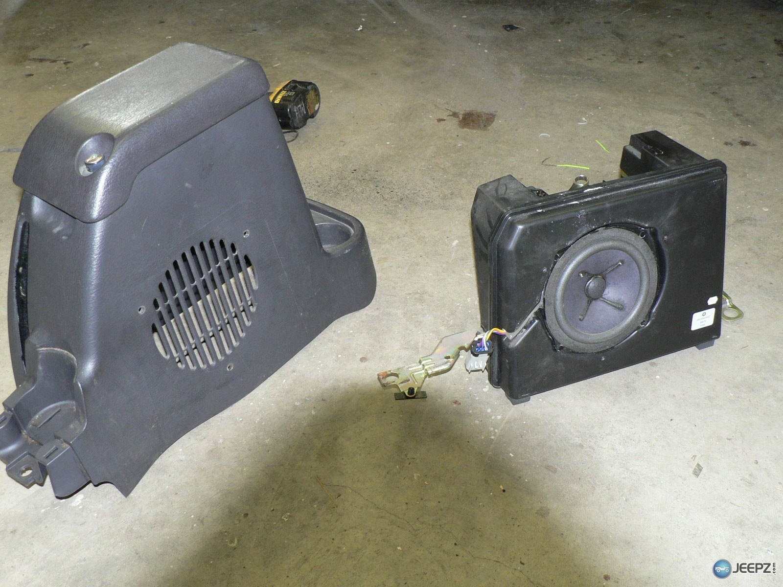 2004 Jeep Wrangler Subwoofer Wiring from static-resources.imageservice.cloud
