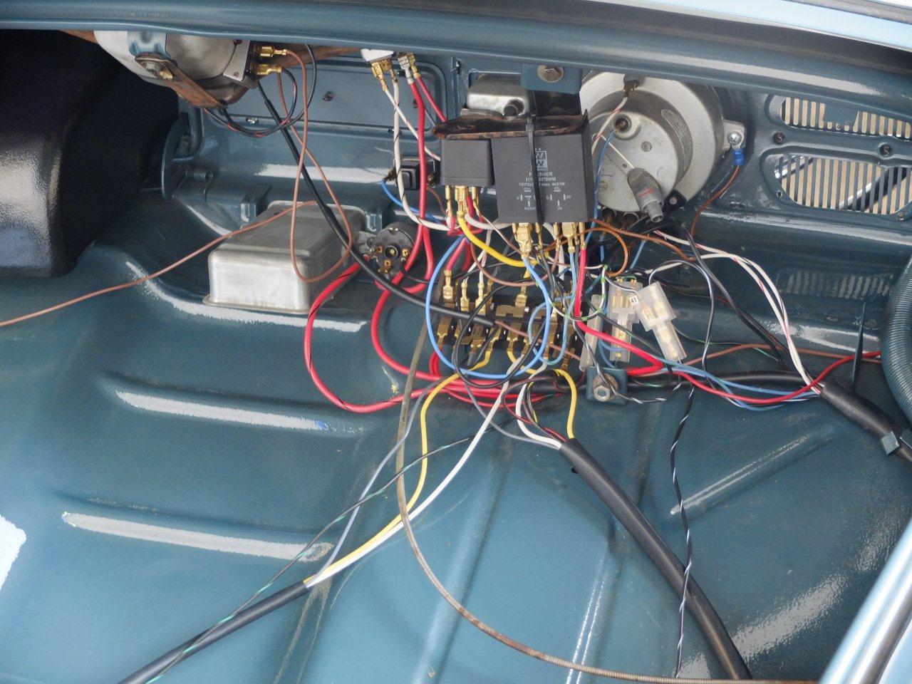 Superb 1971 Vw Bug Wiring Harness Basic Electronics Wiring Diagram Wiring Cloud Itislusmarecoveryedborg