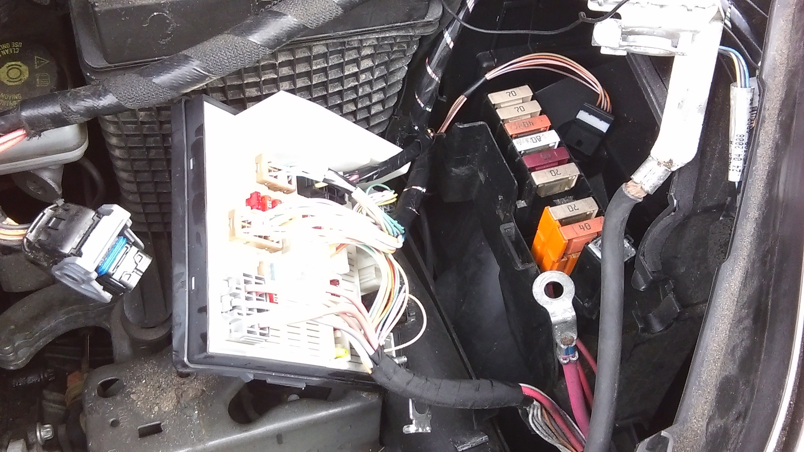 Fuse Box Renault Scenic 2004 - wiring diagram wave-page -  wave-page.albergoinsicilia.it   Renault Scenic Fuse Box For Sale      wave-page.albergoinsicilia.it