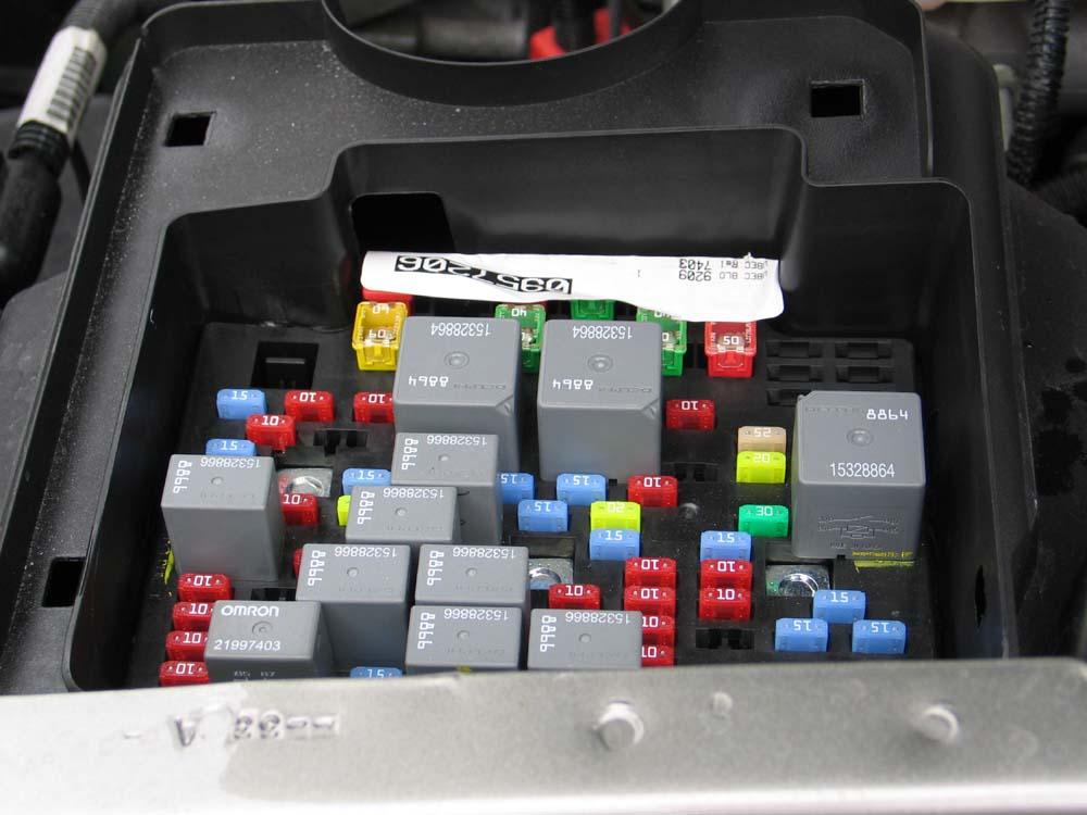 Cw 7623 2003 Gm Vortec 8100 Extn Fuse Box Diagram Free Diagram