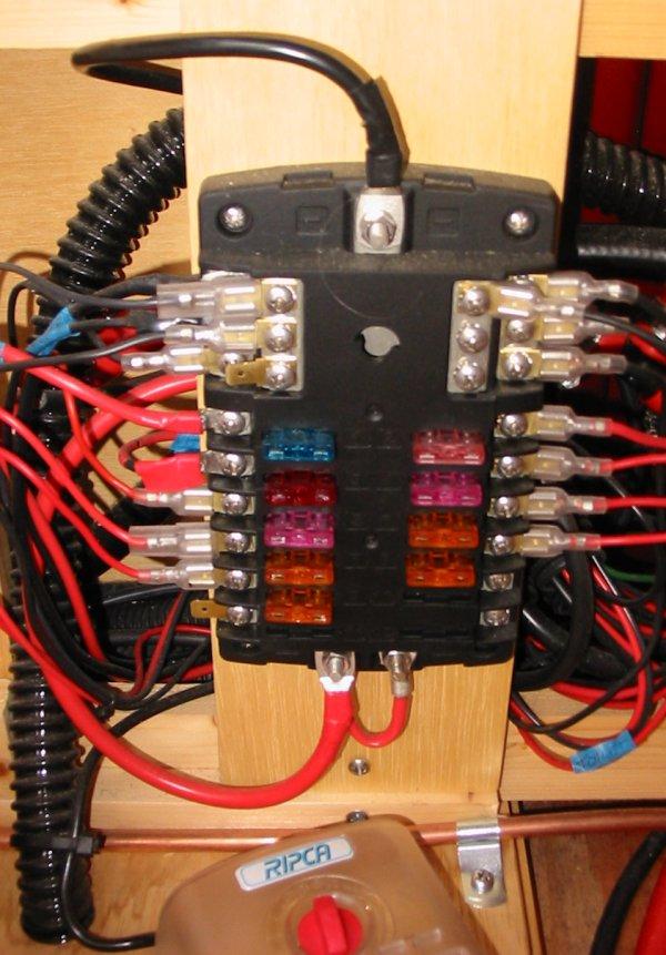 12 Volt Electrical Fuse Box Fuse Diagram 2004 Chevy Silverado 2500 Crew Cab For Wiring Diagram Schematics