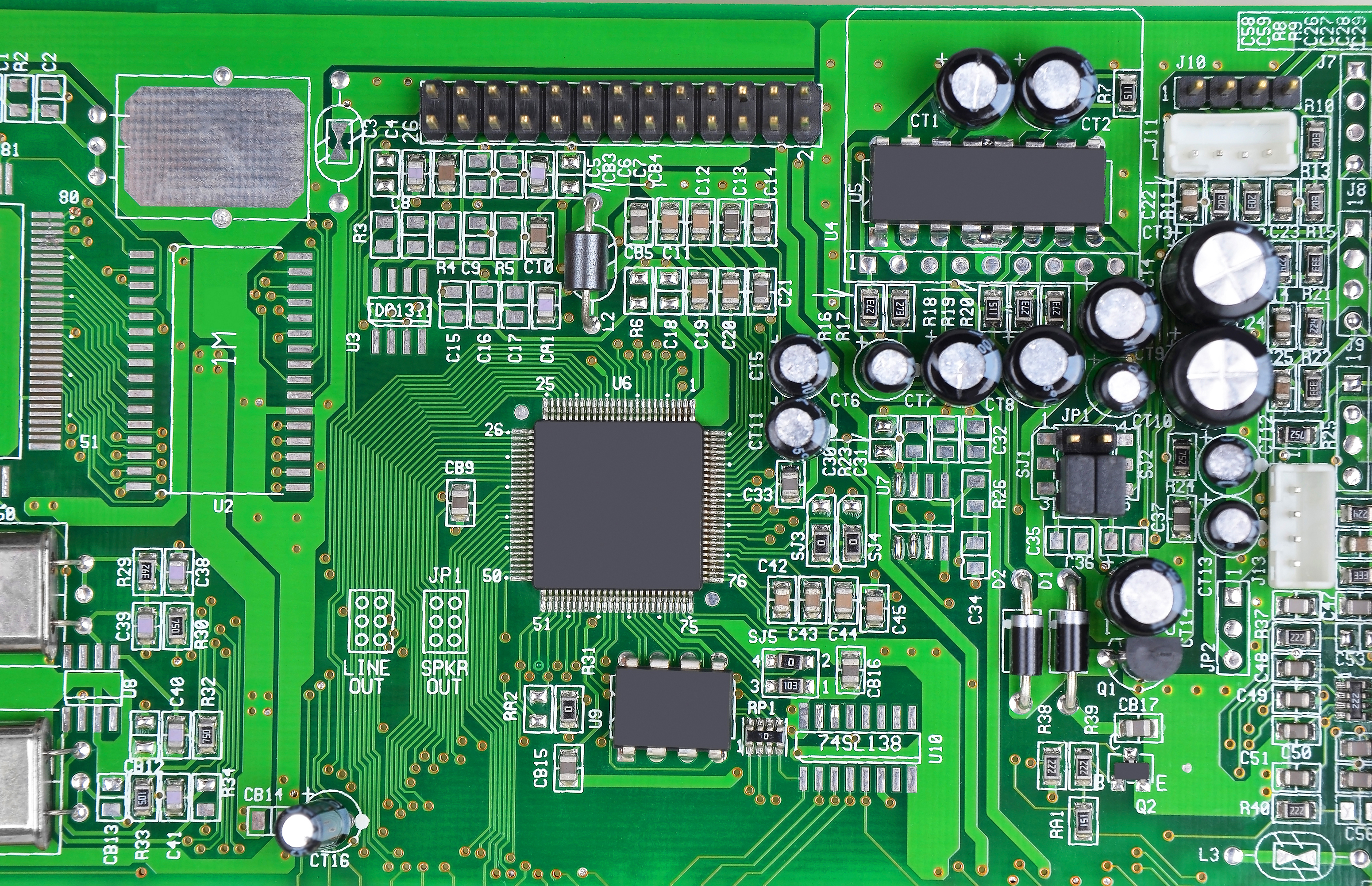 Astounding Of Parts On The Circuit Board With The Copper Traces Beneath The Wiring Cloud Ittabisraaidewilluminateatxorg