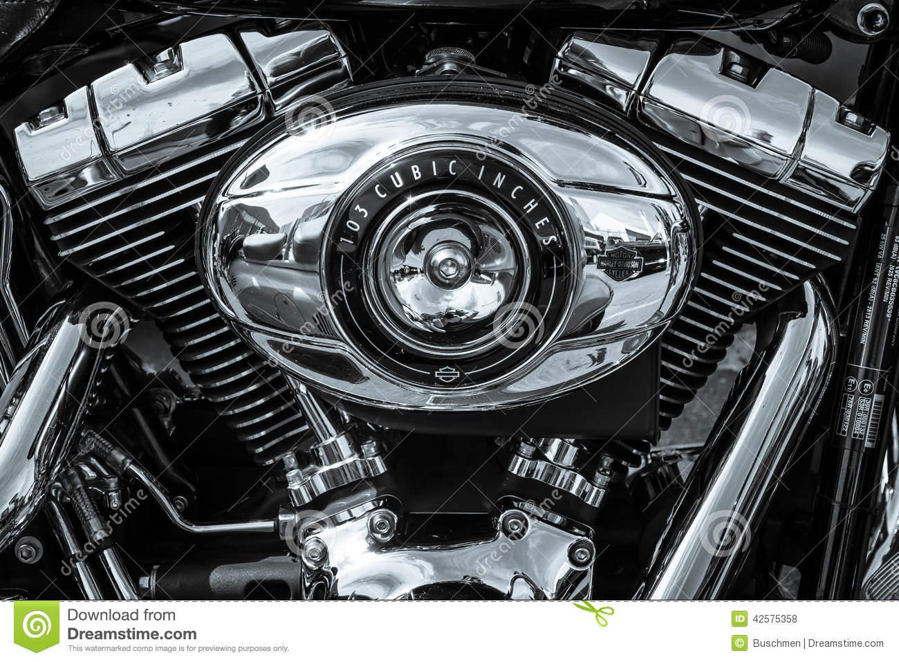 Strange Twin Cam 103 Engine Closeup Of Motorcycle Harley Davidson Softail Wiring Cloud Waroletkolfr09Org