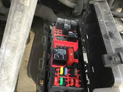 DA_3480] Freightliner Cascadia Fuse Box Under Hood Wiring DiagramIstic Tacle Sple Shopa Gray Semec Mohammedshrine Librar Wiring 101