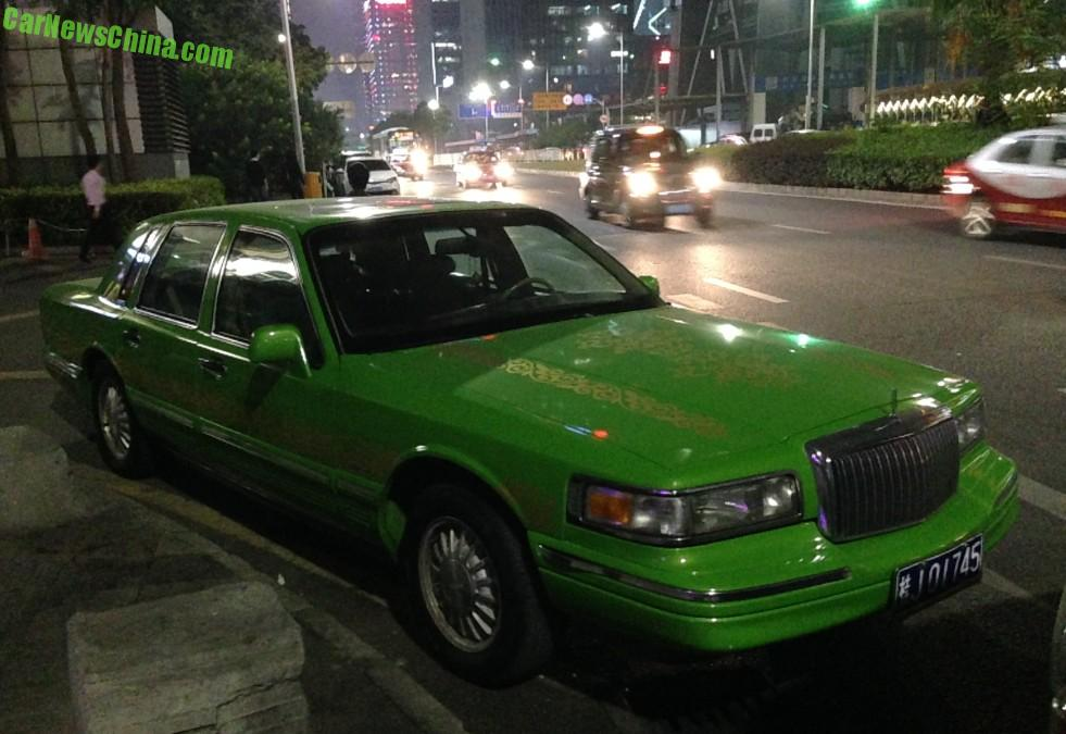 Outstanding Spotted In China Lincoln Town Car Is A Fine Green Frog Wiring Cloud Mousmenurrecoveryedborg