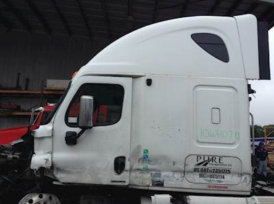 Phenomenal Freightliner Fuse Boxes Panels For Sale Mylittlesalesman Com Wiring Cloud Biosomenaidewilluminateatxorg