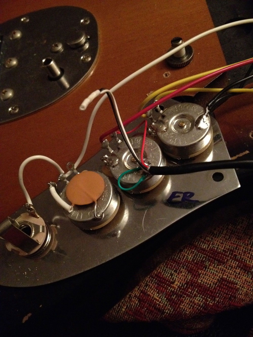 Kurt Cobain Jaguar Wiring Diagram - Wiring Diagram Perform free-choice -  free-choice.bovaribernesiclub.it [ 1333 x 1000 Pixel ]