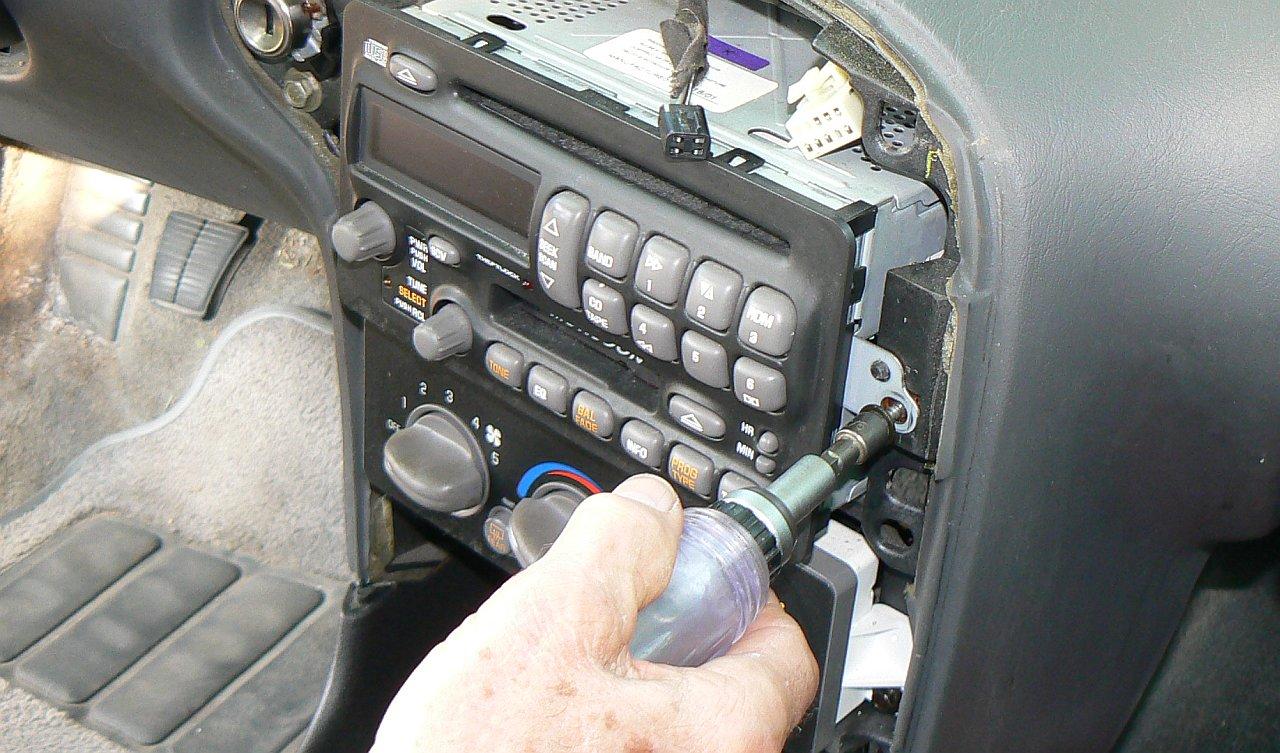 2004 pontiac grand am radio wiring ve 5894  wiring diagrams furthermore 2004 pontiac montana stereo  furthermore 2004 pontiac montana