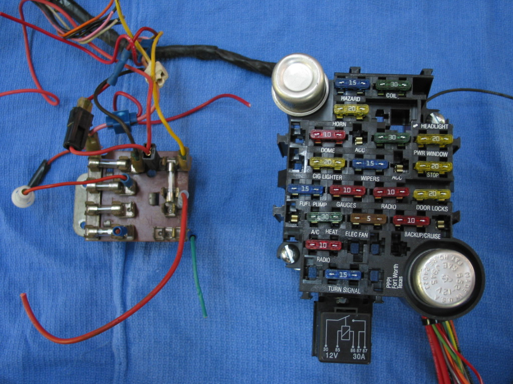 Brilliant Auto Fuse Box Wiring Wiring Diagram Wiring Cloud Filiciilluminateatxorg