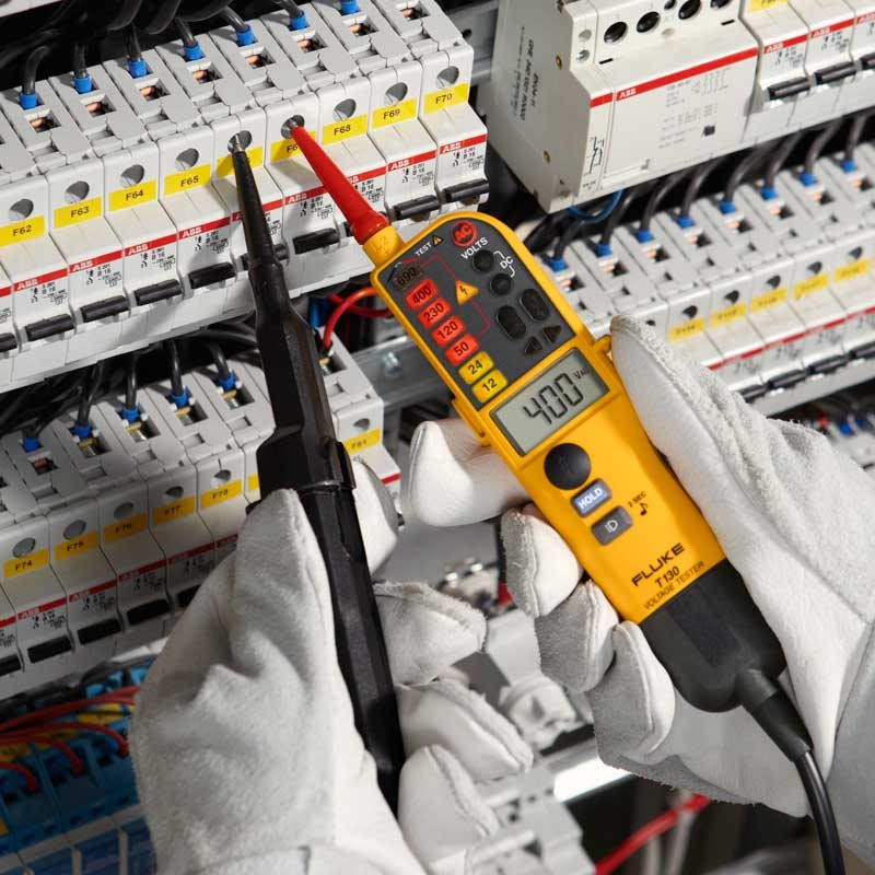 Swell Fluke T130 Voltage Continuity Tester With Switchable Load And Lcd Wiring Cloud Monangrecoveryedborg